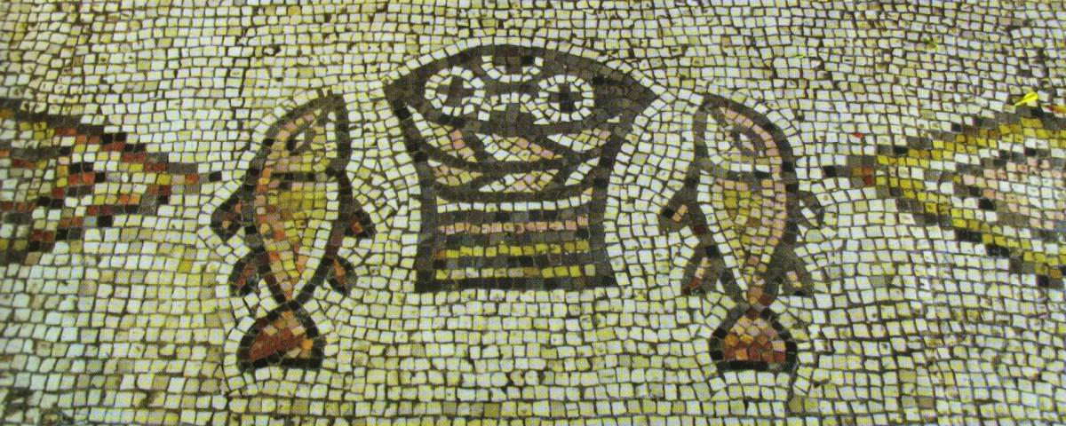 cinque-pani-due-pesci-mosaico